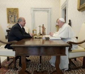 O Papa recebe em audiência o presidente da Armênia